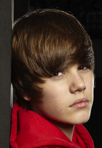 Portraits bởi Simon Webb - Justin Bieber zoom in (hot face)