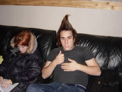 Hayley Williams & Zac Farro fond d'écran titled Zac and Hayley<3