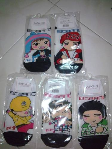 big bang socks...top's sold out ! :3