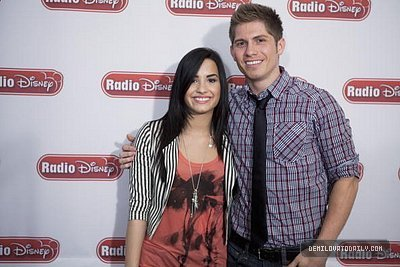 demi radio Disney