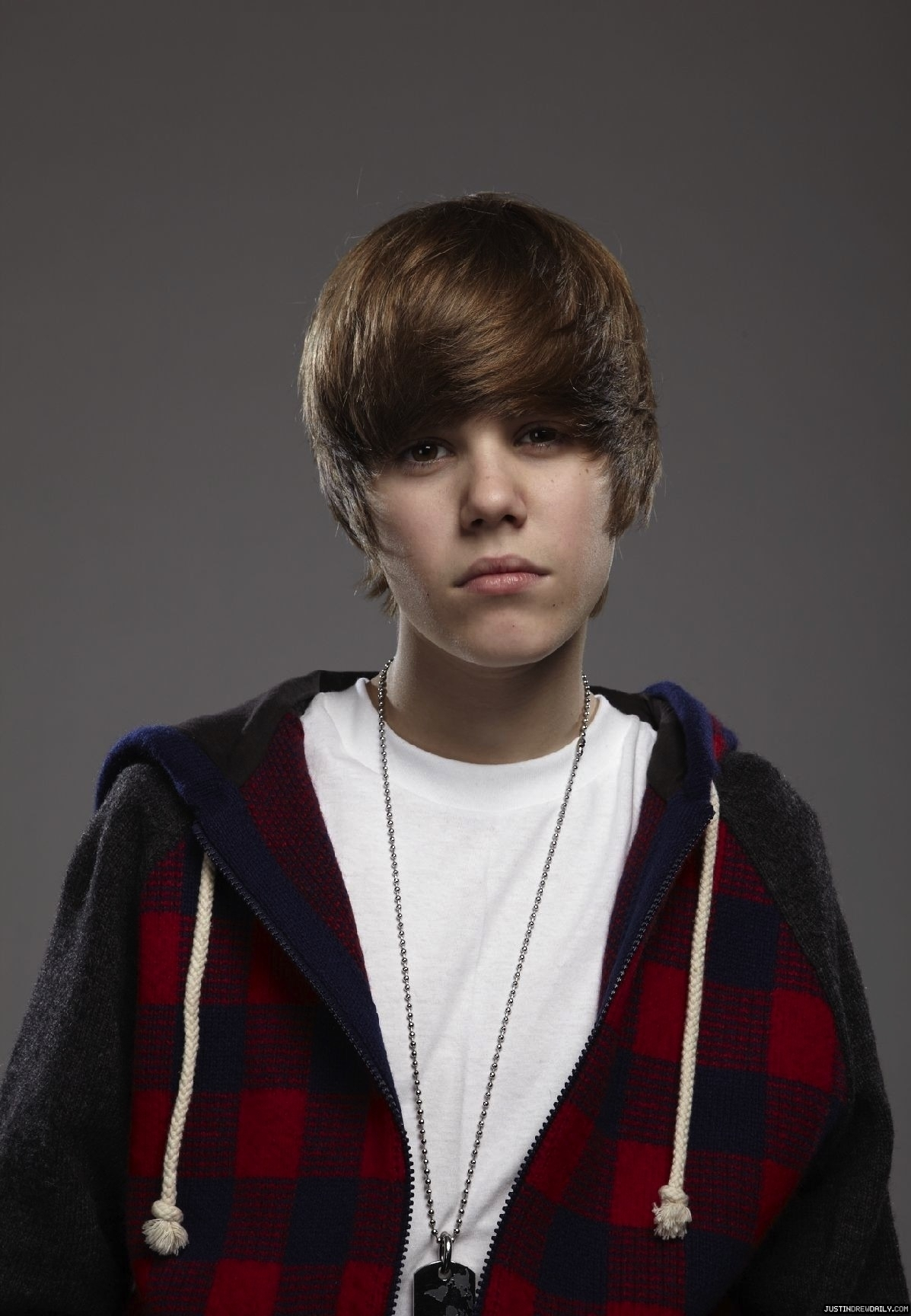 Portraits By Simon Webb - Justin Bieber zoom in (hot face