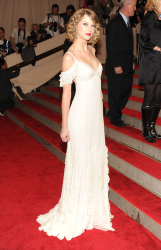 2010 Costume Institute Gala Benefit