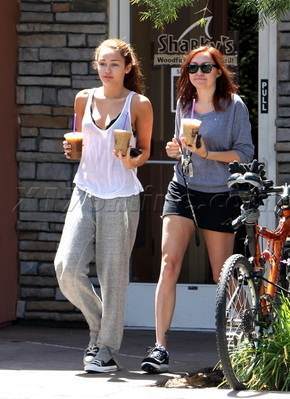 At Coffee boon with Brandi (May 3rd,2010)