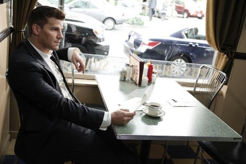 Bones 5x22 The Beginning in the End