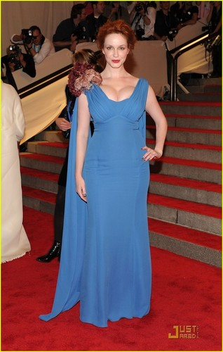 Christina Hendricks wallpaper called Christina Hendricks: MET Ball 2010