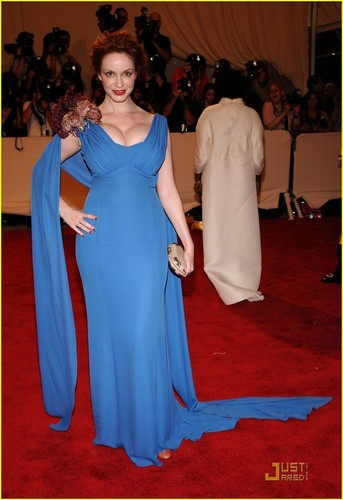 Christina Hendricks wallpaper entitled Christina Hendricks: MET Ball 2010