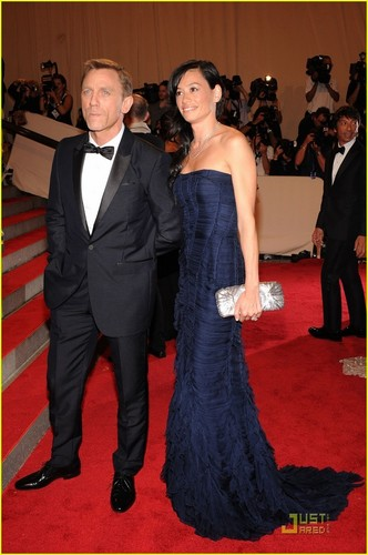 Daniel Craig: MET Ball 2010 With Satsuki Mitchell