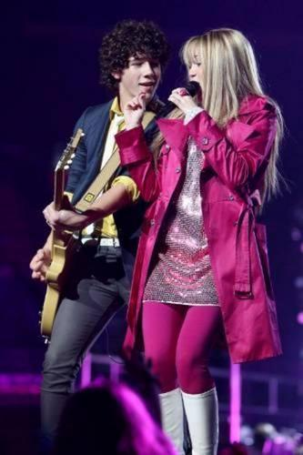 Jonas+Hnnah