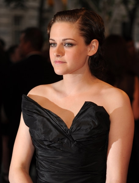 KRISTEN STEWART AT COSTUME INSTITUTE GALA