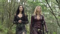 Kahlan and Cara 2x19 - legend-of-the-seeker screencap