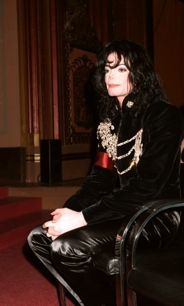 Michael is so sweet inoccent cute adorable sexy everything :D We Amore te