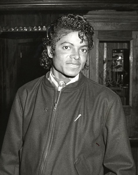 Michael is so sweet inoccent cute adorable sexy everything :D We amor tu
