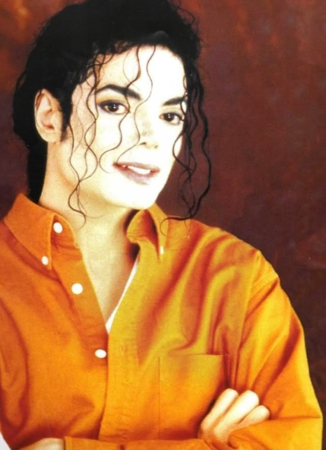Michael is so sweet inoccent cute adorable sexy everything :D We প্রণয় আপনি