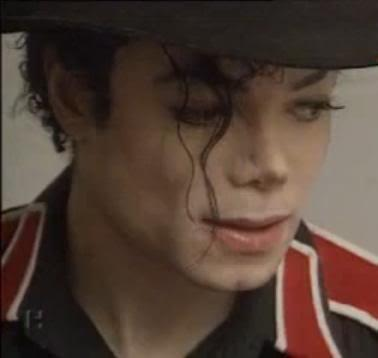 Michael is so sweet inoccent cute adorable sexy everything :D We प्यार आप