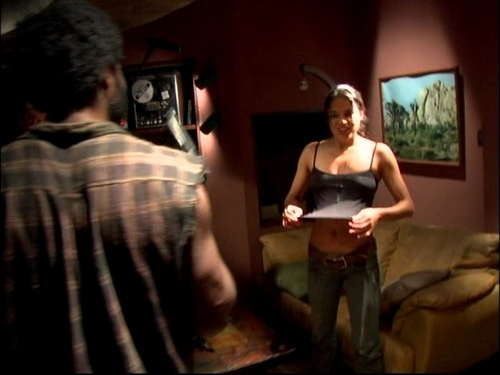 Michelle Rodriguez fond d'écran entitled Michelle in Lost: Behind the Scenes