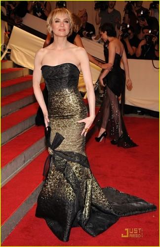 Renee Zellweger: MET Ball 2010