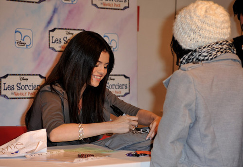 Selena Gomez Launches Clothing Collection at C&A in Paris