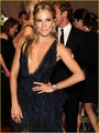 Sienna Miller: MET Ball with Jude Law!