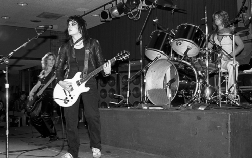 The Runaways perform in Cali - 1978