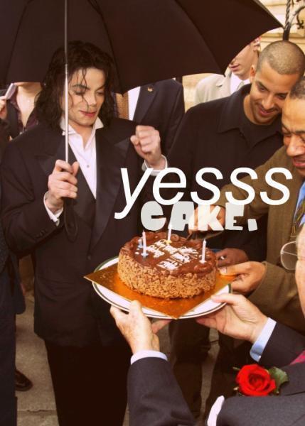 YEESS!!! CAKE!!!