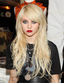 anna sui collection - taylor-momsen photo