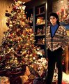 at the Christmas tree :) - michael-jackson photo