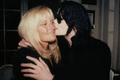 sweet moment with Debbie Rowe - michael-jackson photo