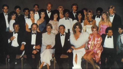Days of Our Lives hình nền titled 1985 Cast Picture