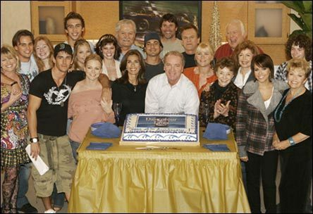 Days of Our Lives hình nền called 41st Anniversary 2006 Cast Picture