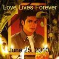 A June 25, 2010 Tribute Photo - michael-jackson photo