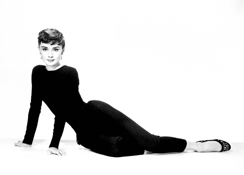 Audrey Hepburn - Sabrina (1954) Photo (12037016) - Fanpop