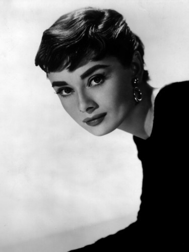Sabrina (1954) wallpaper entitled Audrey Hepburn