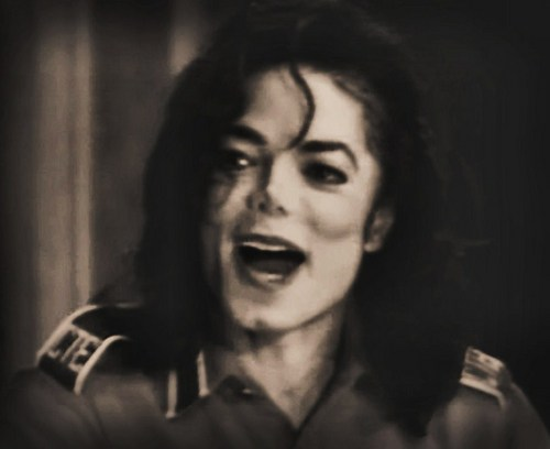 Close the mouth MJ ahaha