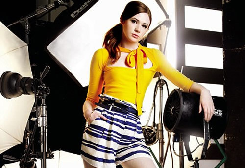 Amy Pond वॉलपेपर called Karen Gillan's InStyle Photoshoot