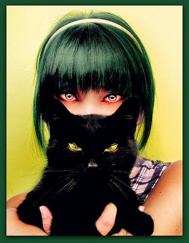 Kitty-KIttY >:)