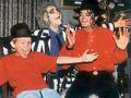 Michael & children - michael-jackson photo