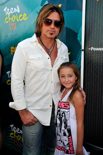 Noah & her dad @ 2009 Teen Choice Award
