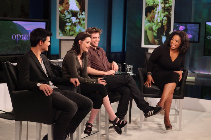 another pic of the twilight cast on oprah