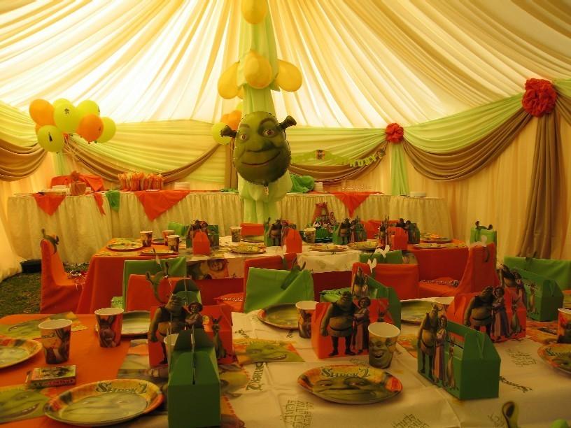 shrek interior bday party - childrens world :) Photo (12097816 ...