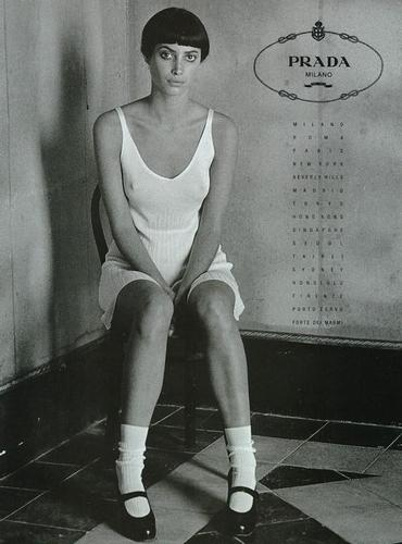 """old skool""christy turlington"