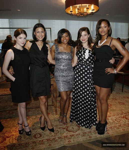 05.13.10: Ann Taylor Fall Collection कॉकटेल Party