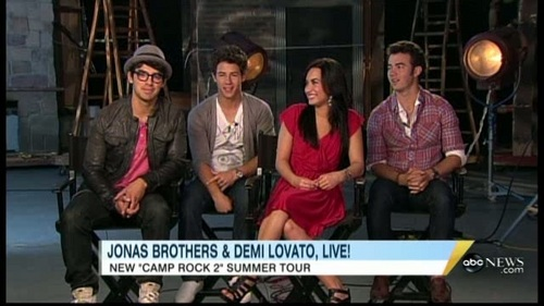 Jemi wallpaper entitled 05-13-10 Good Morning America