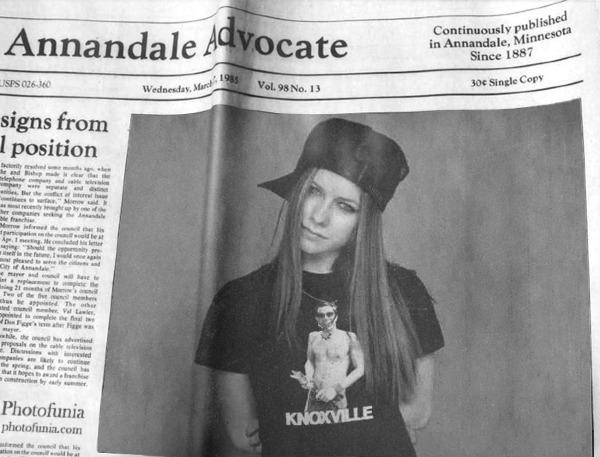 Avril_Buddy LOVES Avril!