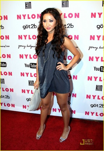 Brenda Song & Trace Cyrus Couple Up!
