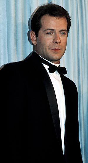 Bruce Willis - Actors Photo (12174939) - Fanpop Bruce Willis Cast