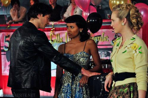 Damon, Bonnie & Caroline<3