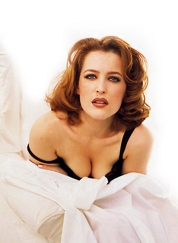 Gillian Anderson wolpeyper entitled FHM Shoot 1996