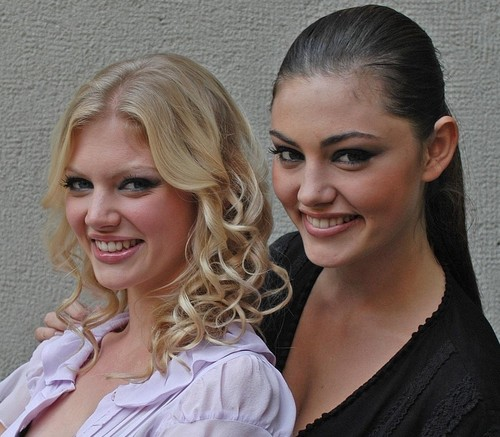 Cariba Heine and Phoebe Tonkin images HQ HD wallpaper and ...