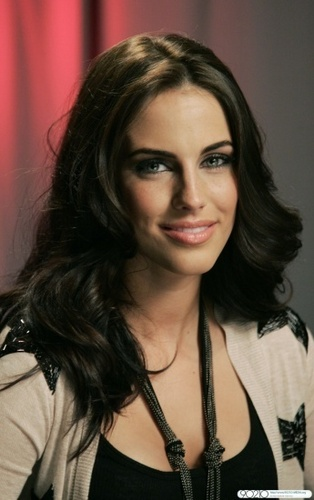 Jessica Lowndes wallpaper entitled Jessica Lowndes - New Portraits