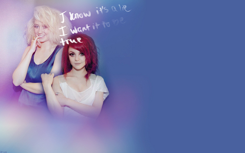 Naomily wallpaper